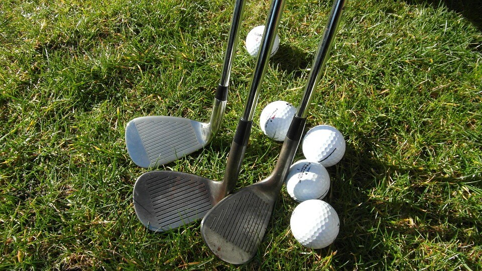 What is the Centre of Gravity and Moment of Inertia on a Golf Club